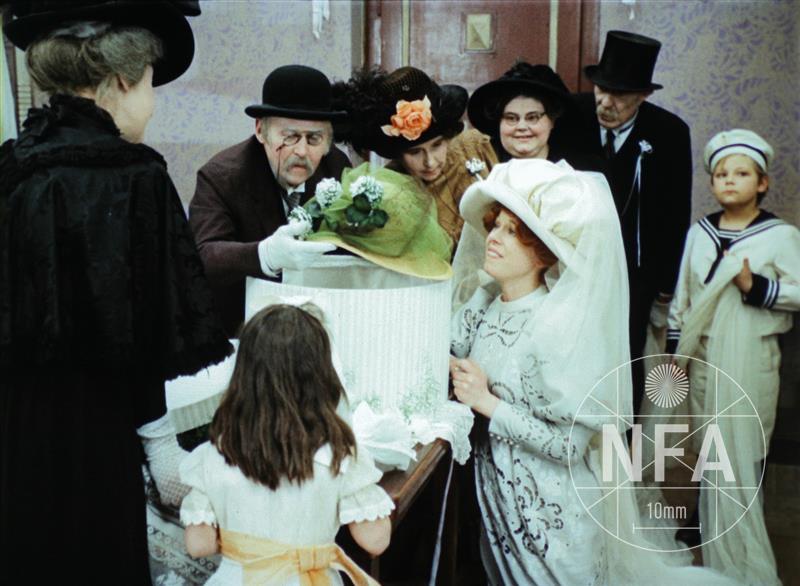ad2b44d8e49 Slaměný klobouk (1971) – Filmový přehled