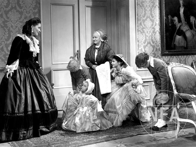 Babicka (1940) - Full Cast & Crew - IMDb