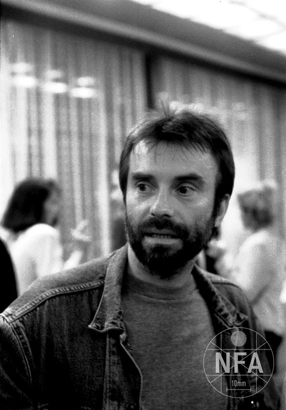 © Miloš Fikejz (1999)