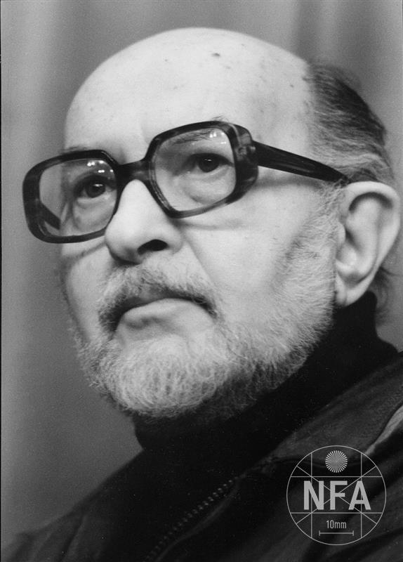 © Miloš Fikejz (1997)