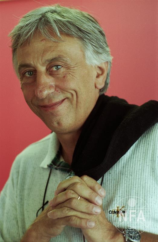 © Miloš Fikejz (2002)