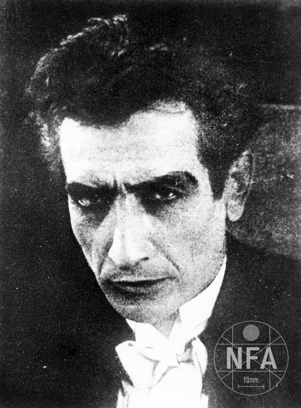 © NFA / Otrávené světlo 1921